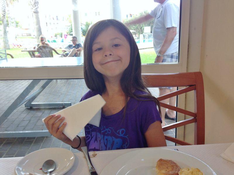Sofia äter mest fikabröd till frukost.